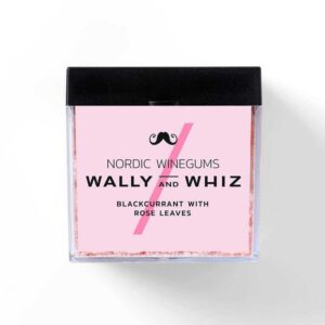 Wally and Whiz Blackcurrant with Rose Leaves - byHviid